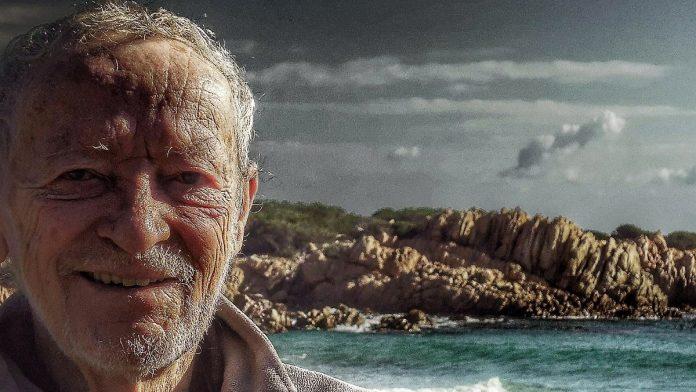 Italian Robinson Crusoe: Hermit leaves deserted island after 30 years