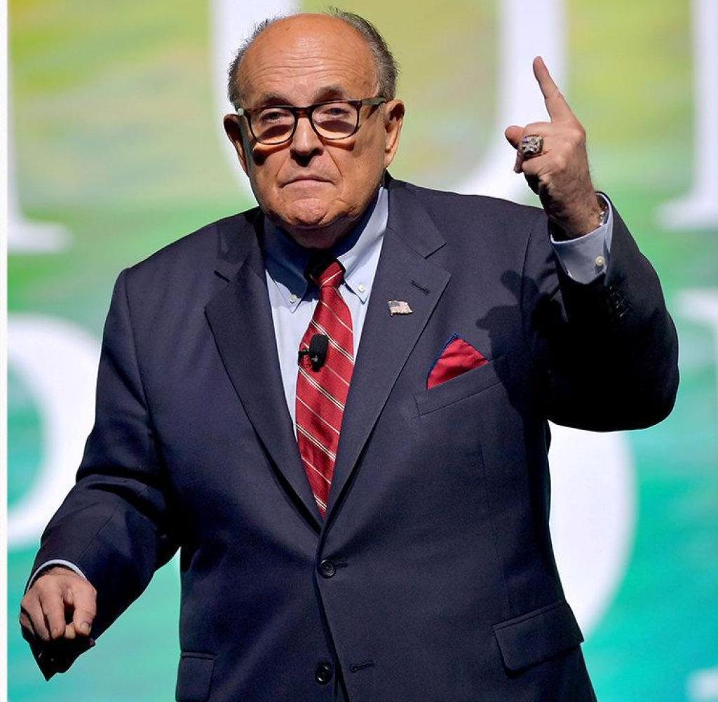Combo Eric Milk and Rudy Giuliani