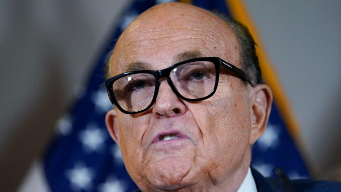 Rudy Giuliani: Investigators are searching the residence of Trump's attorney