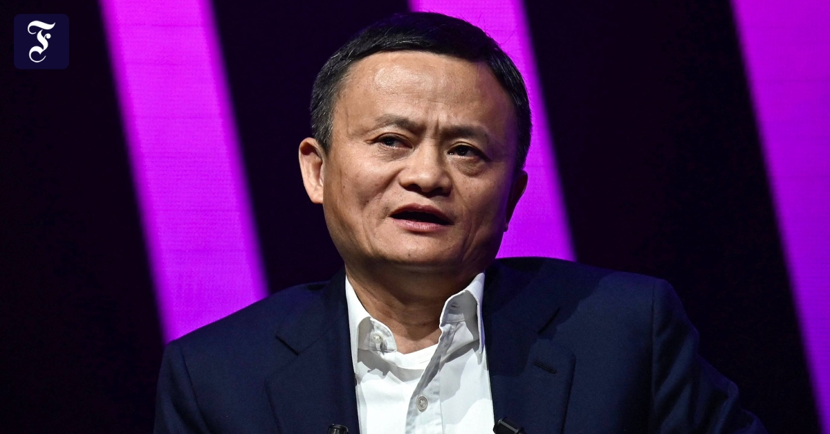 China imposes a record fine on Alibaba