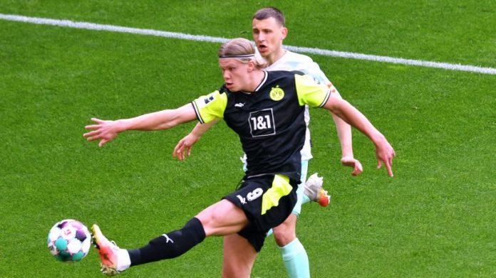 Dortmund-Bremen: BVB introduces new shirts - then an insane show follows