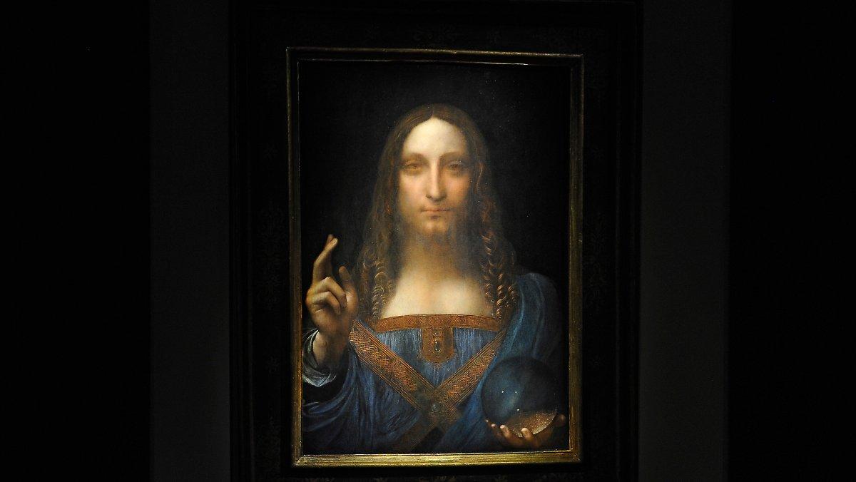 Not Da Vinci ?: The Louvre questions the author of
