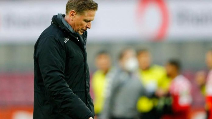 Round 28: Jesdul is no longer coaching Team 1. FC Cologne