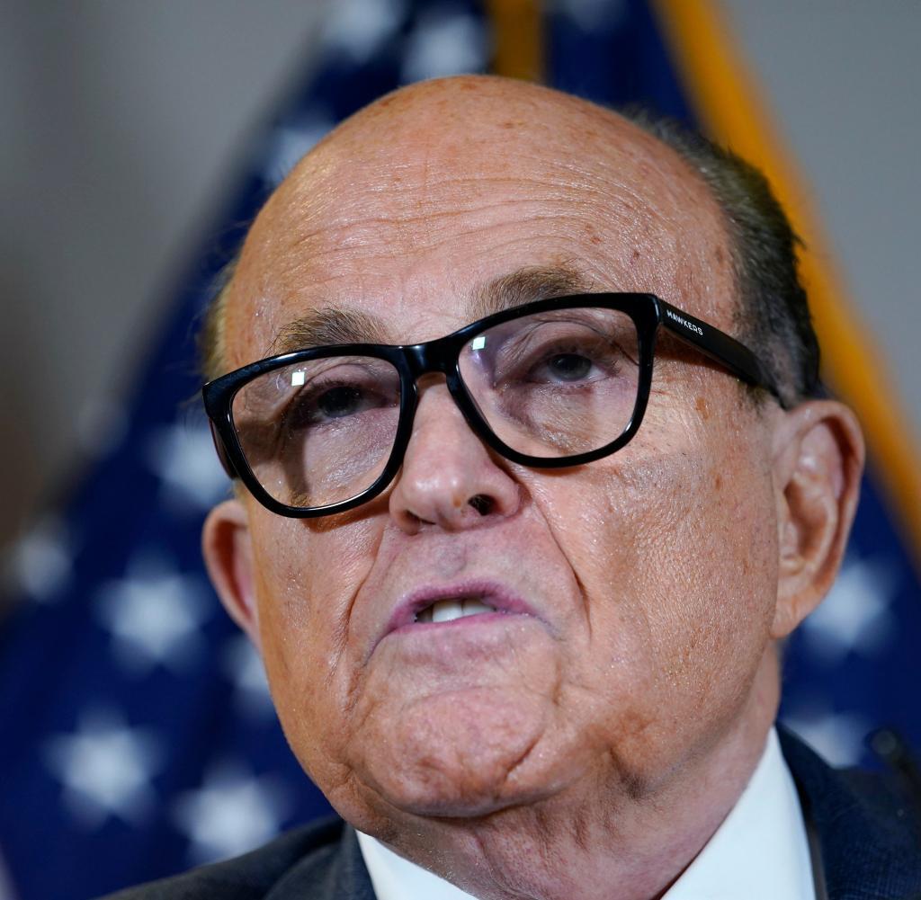 Media: Investigators search the home of Trump Giuliani's lawyer