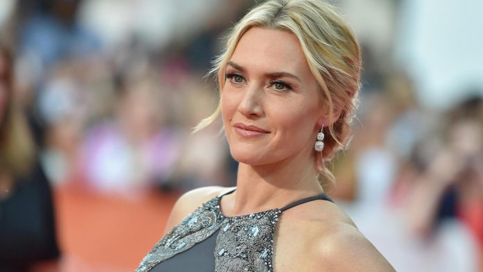 The beginning of a clandestine career of Kate Winslet's daughter