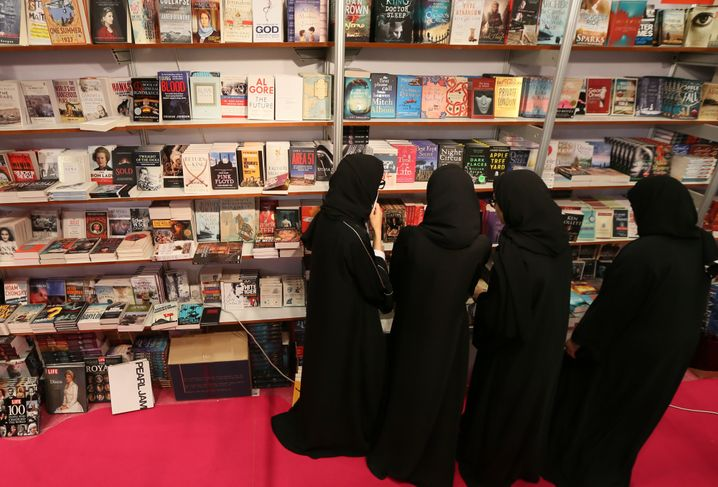 Abu Dhabi Book Fair 2014 visitors: A prince who loves writing poetry