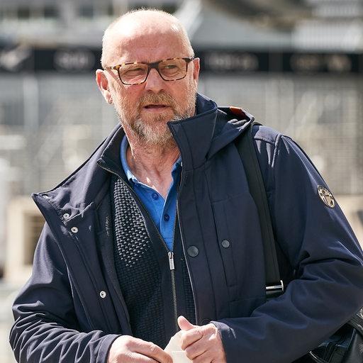 Werder's technical director Thomas Schaffer leaves the Weser Stadium