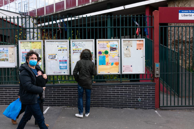 In front of a primary school in the 10th arrondissement in Paris, April 7.
