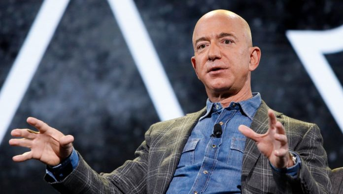 Jeff Bezos plans to hand over management of Amazon to Andy Gacy on July 5th