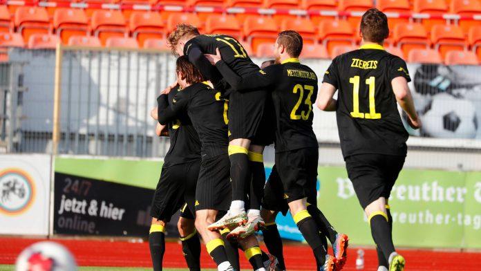 Regional League Qualifiers: Bayreuth beat Aschaffenburg    BR24