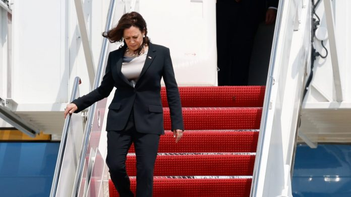USA: Incident During US Vice President Harris's Trip -
