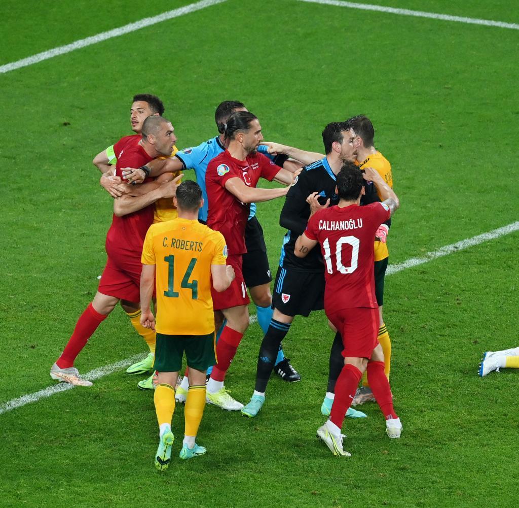 Turkey - Wales - Euro 2020: Group A