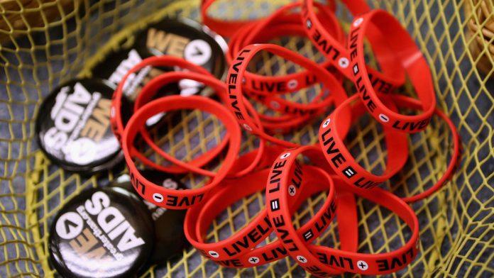 AIDS: Dozens of countries have met or exceeded UN targets