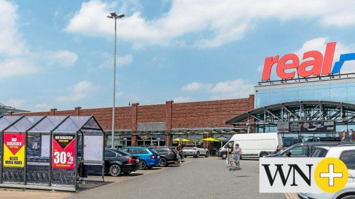 At Heinenkamp-Real in Wolfsburg, sales are in progress before the acquisition