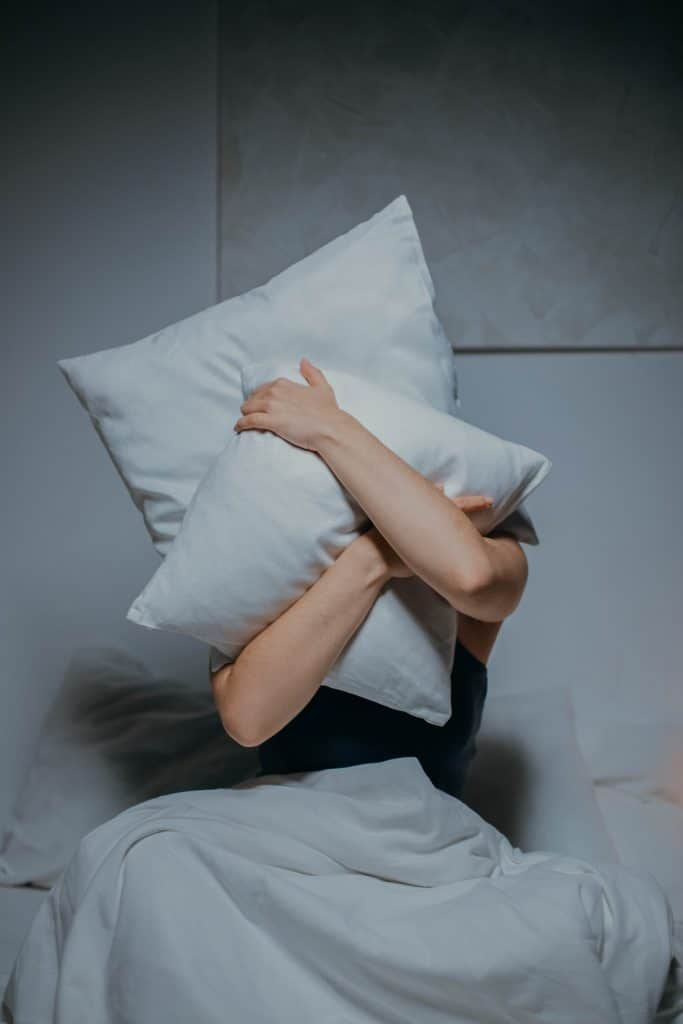 What are the causes of lack of sleep?