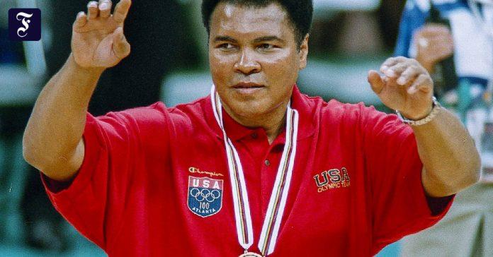 Muhammad Ali's Art of Touching People: Silence in Havana