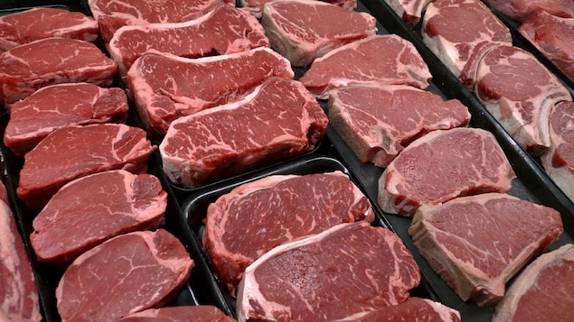 Researchers have shown a biological link between red meat and cancer