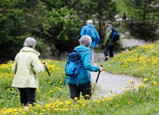 Switzerland raises retirement age for women to 65