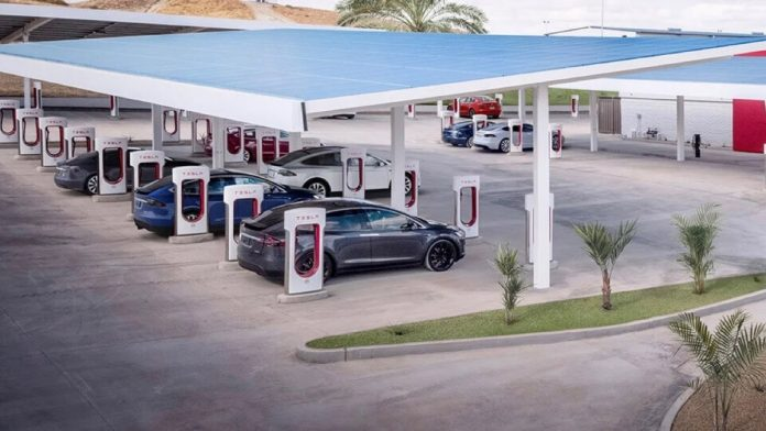 Tesla: Is Norway's supercharger network moving forward with global openness?