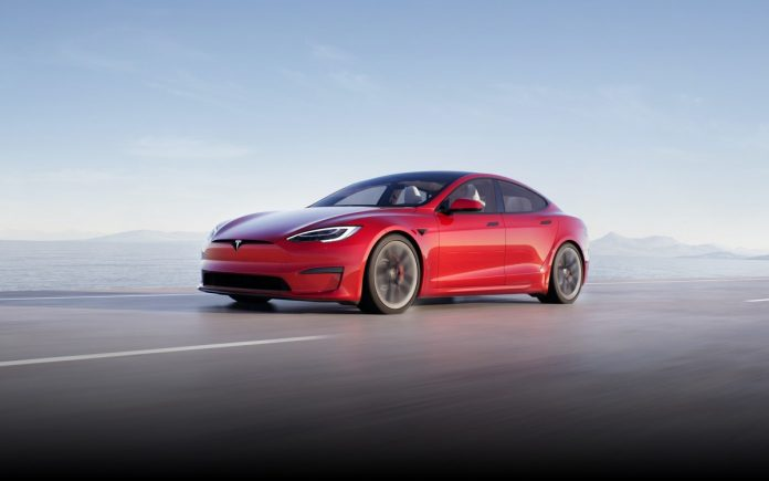 Tesla Model S brings gaming to the PS5 level