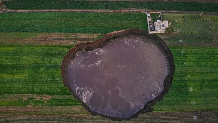 The crater keeps growing: Mexico's crater is a mystery