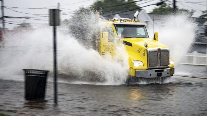 USA weather: Storm