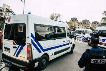 A knife attack on a tourist in central Paris