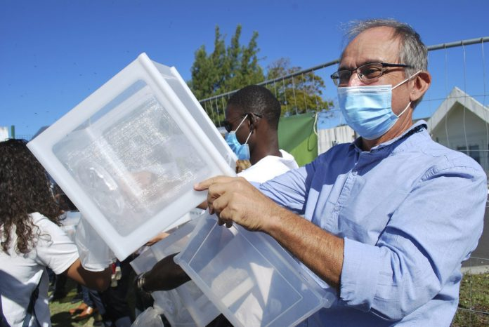 51,000 mosquitoes released in Dupark