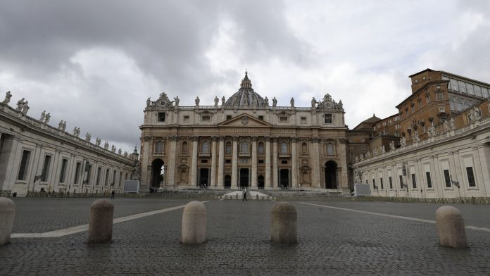 Because of a real estate deal: the Vatican files charges in a financial scandal