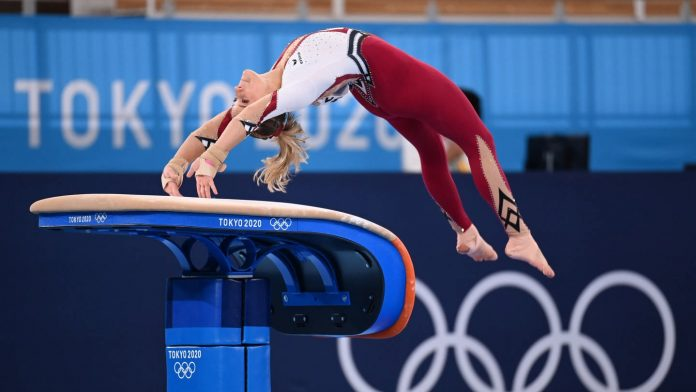 Eli Seitz flies to the Olympic final