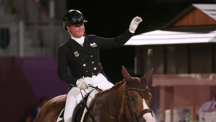 Equestrian sport at the 2021 Olympics: Isabelle Wirth dressage team wins second German gold
