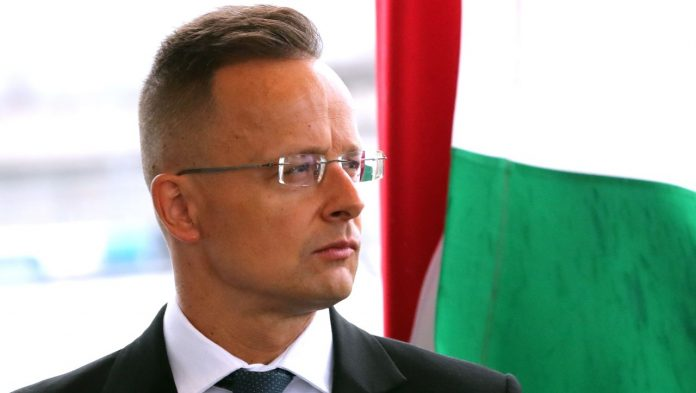 Pegasus: Hungarian dissidents and journalists condemn alleged surveillance