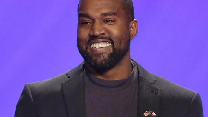 Rapper: Kanye West presents his new album