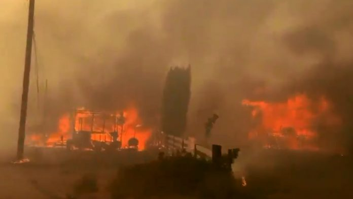 Small Canadian town evacuated: Leighton burns after three record temperatures