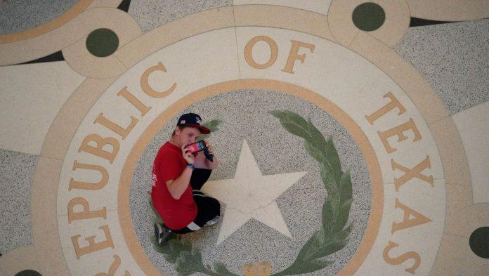 Texas: Tougher Abortion Law That Citizens Must Enforce