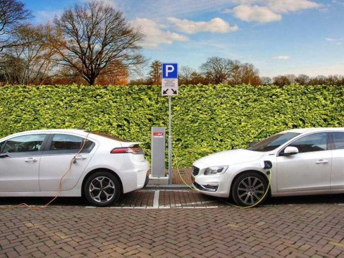The increased purchase premium for electronic cars will be extended until the end of 2025