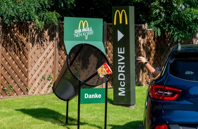 ▷ Put the trash in the basket!  McDonald's Germany begins a campaign against negligence in the disposal of...