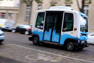 An affordable alternative to rural areas?  Independent shuttle buses run through Magdeburg