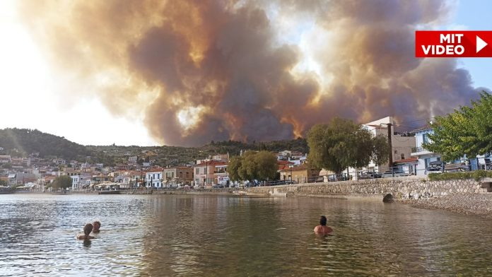 The fires are extinguished, but... - Athena suffocates under a bell of smoke - News