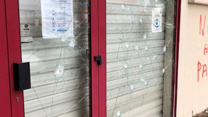 Vandalism of the nurses' union buildings in Toulouse