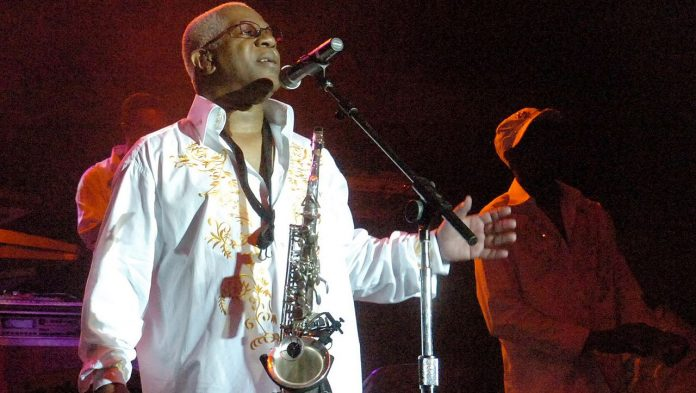 Dennis Thomas: One of the founders of Kool & the Gang . has passed away