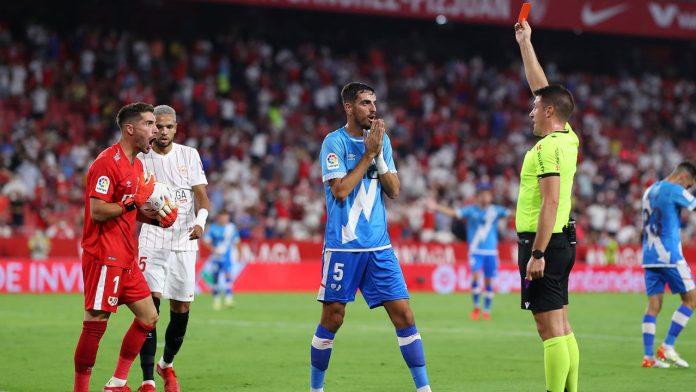 La Liga: Zidane flies early in Sevilla's victory - football - international