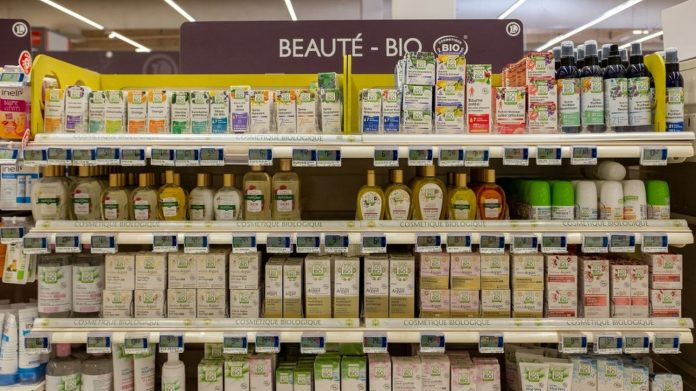 Manufacturers will have to publish a list of their products containing endocrine disruptors from 2022