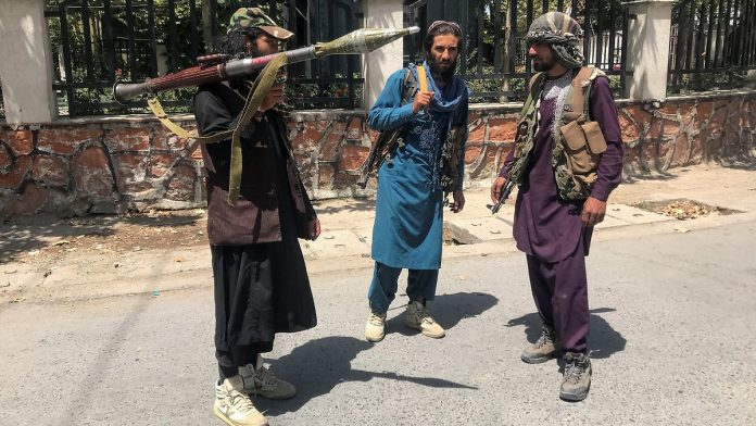 Measures against looting: Taliban leaders prevent fighters from storming their homes