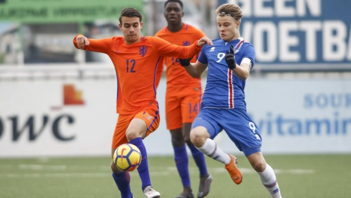 German Football Association rival Iceland: Andrei Gudjohnsen is Iceland's newest attraction - Sports