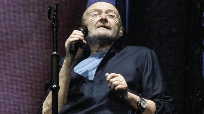 Fans worried after Phil Collins debut - 'So sad to see her'