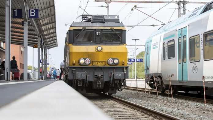 After a complete failure: trains in the Netherlands are back on the road - news abroad