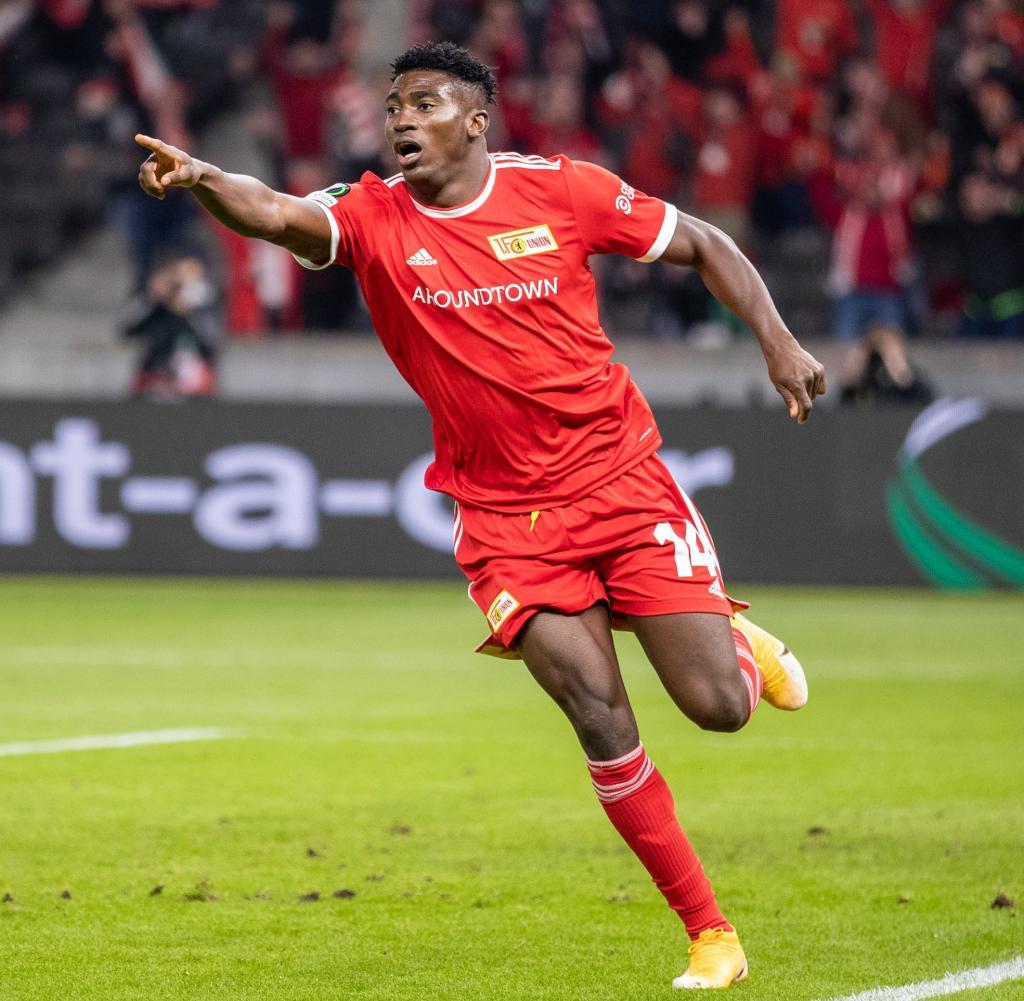 Berlin's Taiwo Owenyi celebrates after scoring 3-0