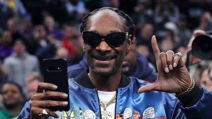 Eminem, Dr.;  Dre and Co.: The NFL Announces Super Bowl Superstars