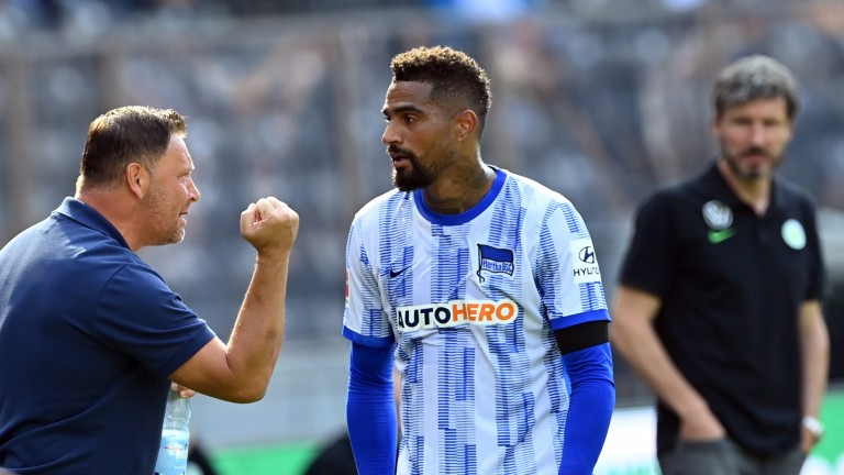 Head coach Pal Darday (left) with Kevin-Prince Boateng.  He had muscle problems (Photo: picture alliance / dpa / dpa-Zentral)